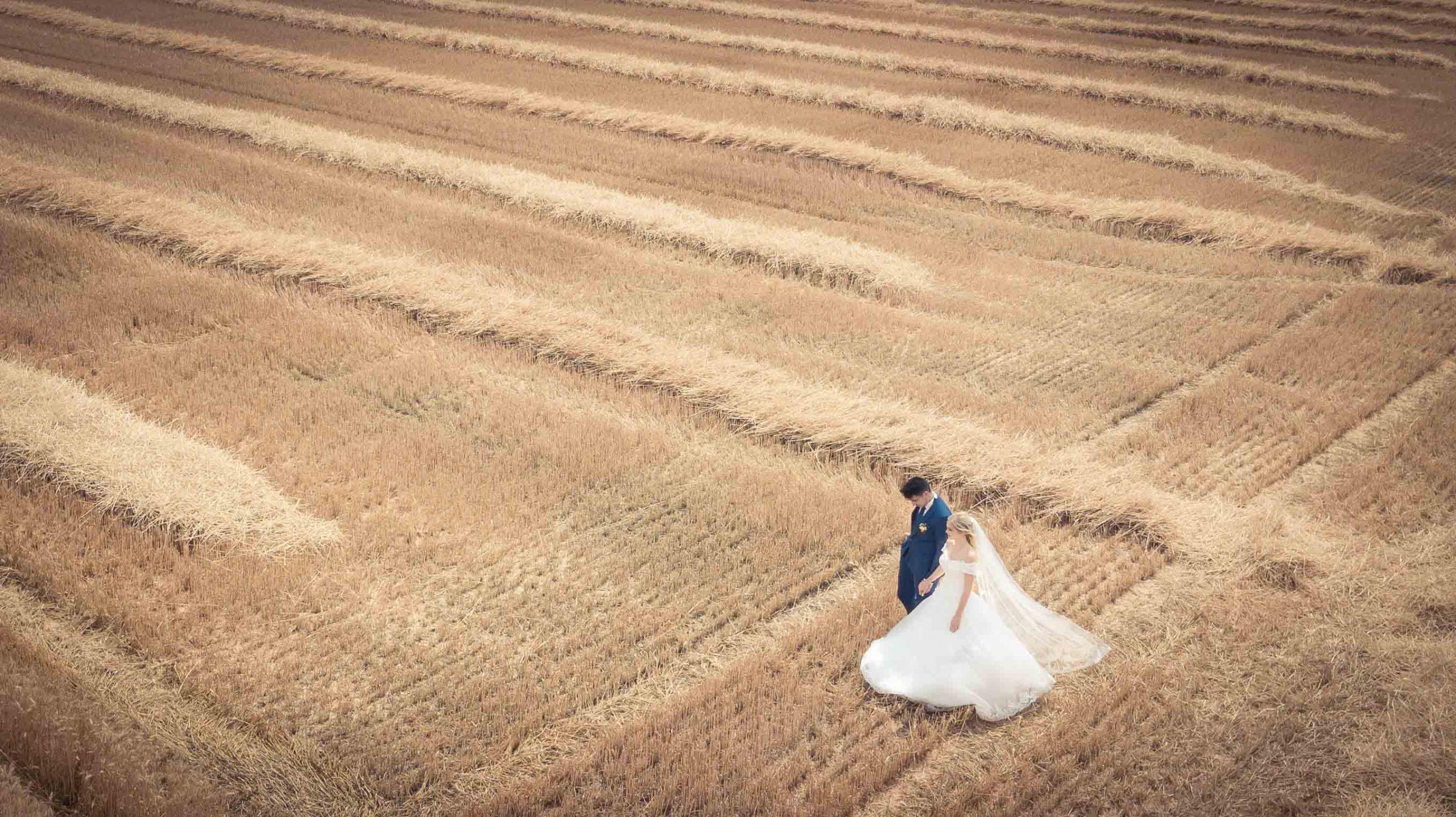 photo de mariage en drone vue du ciel en Alsace