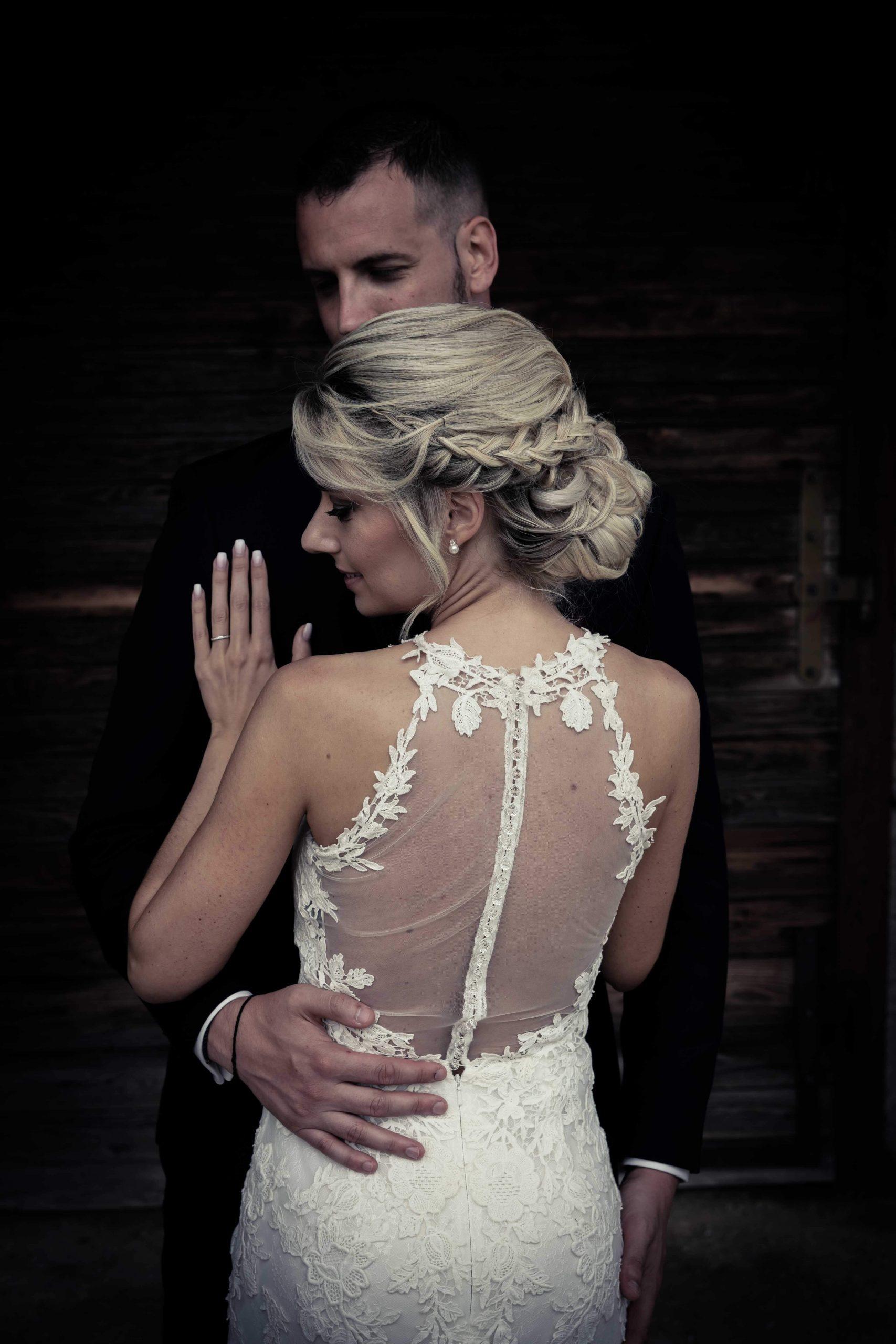 le dos de la marié