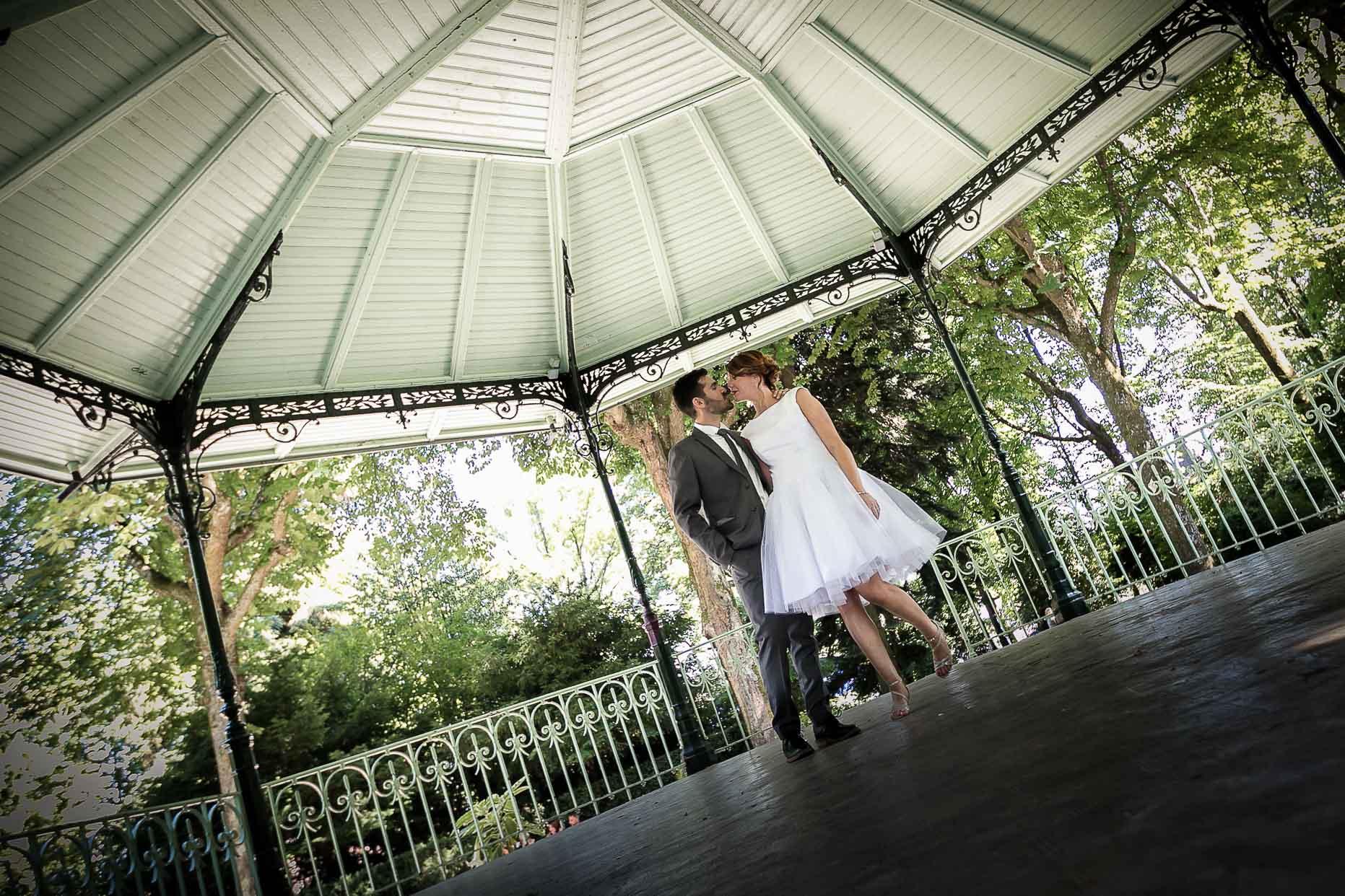 photo de mariage à Guebwiller au parc de la marseillaise
