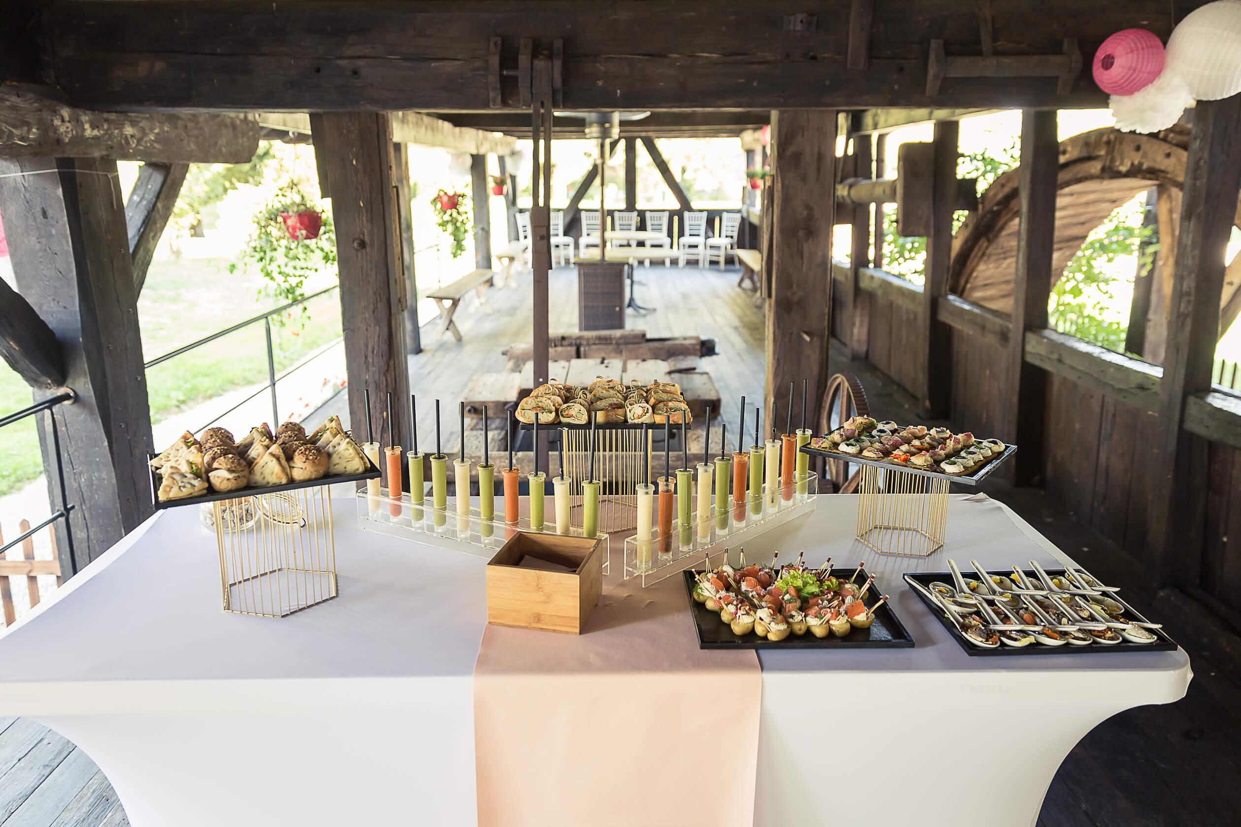 apéritif cocketail vin d'honeur au domaine du moulin dans le sundgau et le jura alsacien