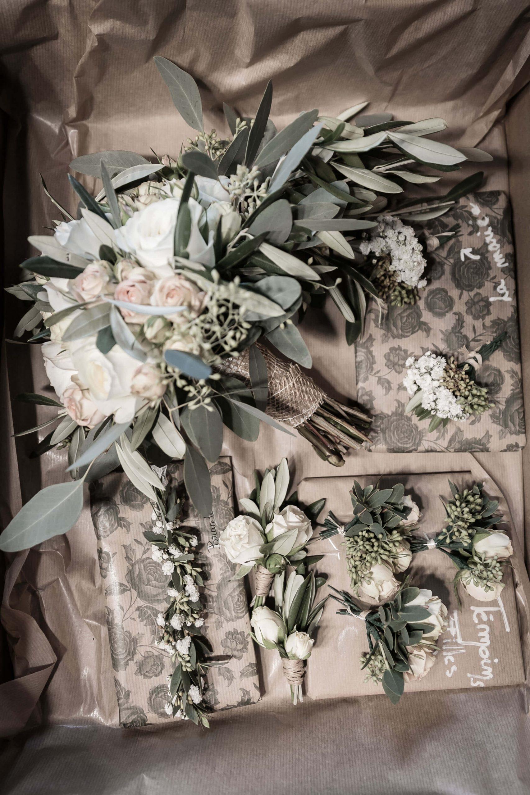 décoration à base de fleurs fraîches pour le mariage