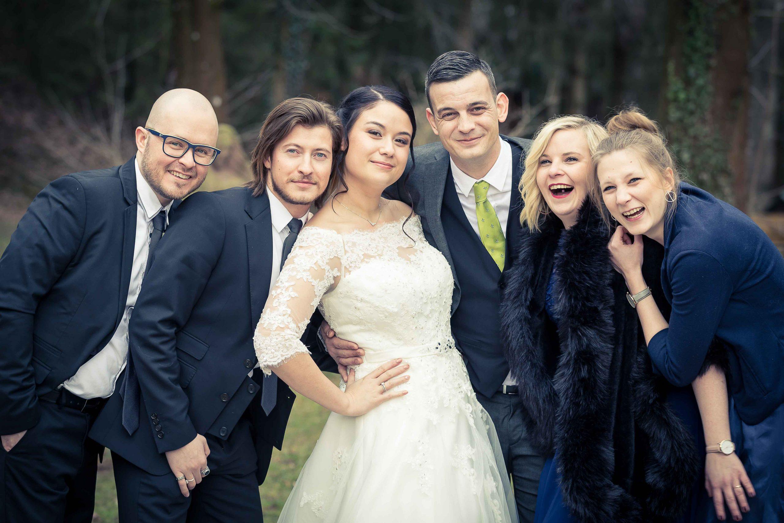 séance photo volée lors d'un mariage à la frontire suisse au restaurant Jenny